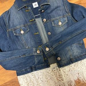 NWOT Cabi Jean jacket with removable lace, sz sm